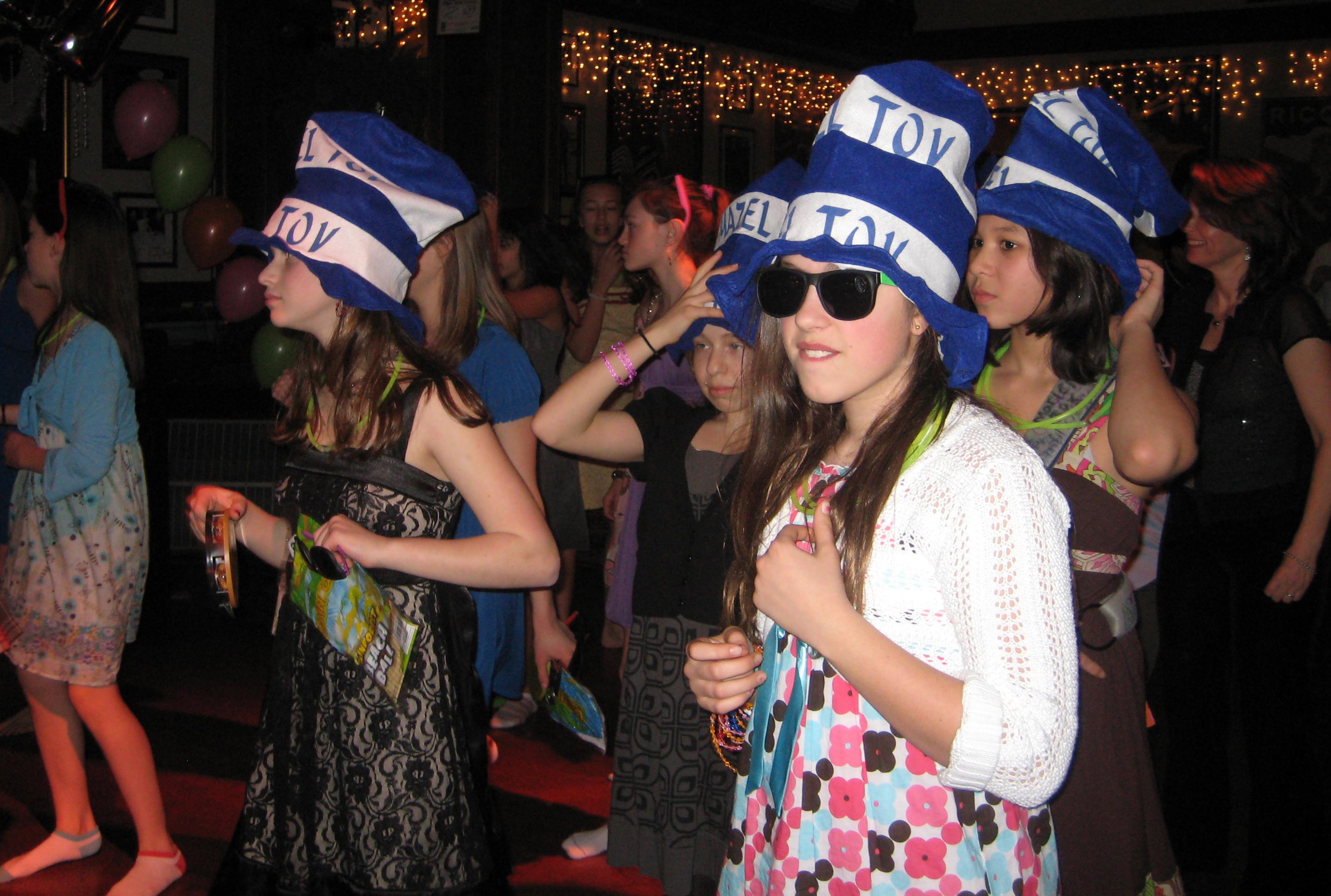 rockin_the_mazel_tov_hats